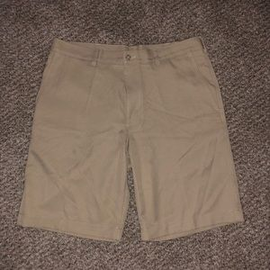 Men's PGA Tour Khaki Golf Shorts